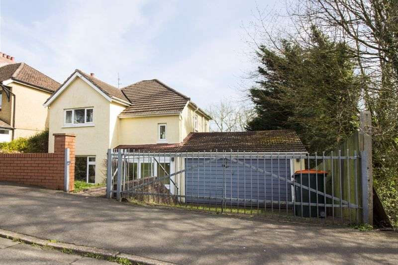 3 Bedrooms Property for sale in Brynglas Avenue, Newport