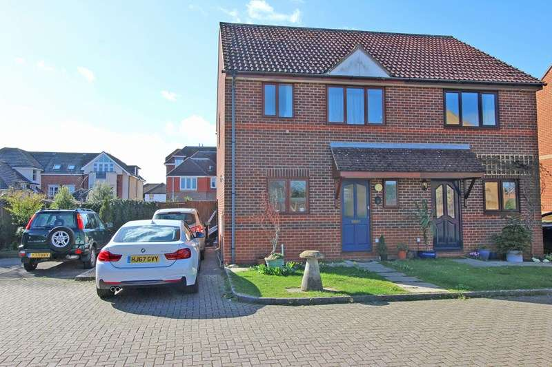 3 Bedrooms Semi Detached House for sale in Champion Close, Milford On Sea, Lymington, Hampshire, SO41