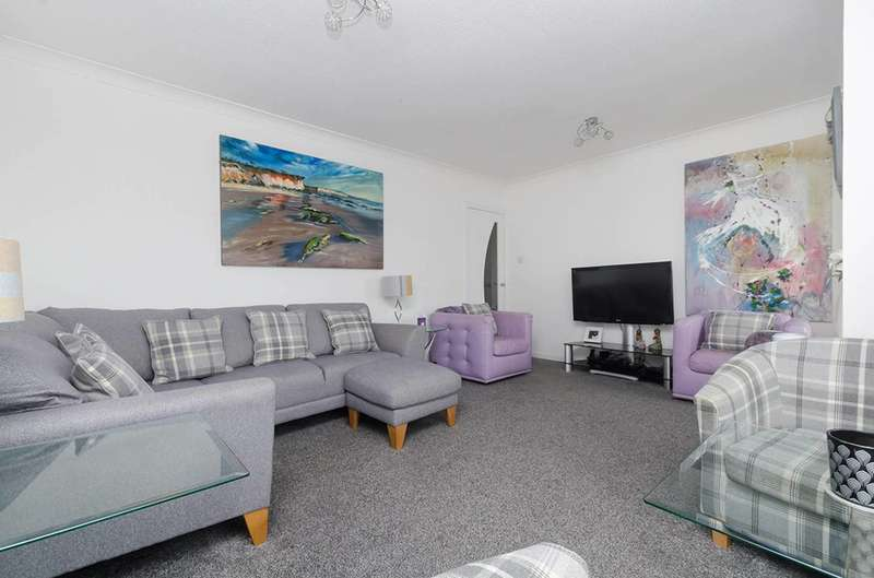 2 Bedrooms Flat for sale in Winton Circus, Saltcoats, North Ayrshire, KA21 5DA