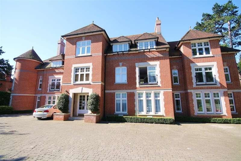 2 Bedrooms Apartment Flat for sale in New Dover Road, Canterbury