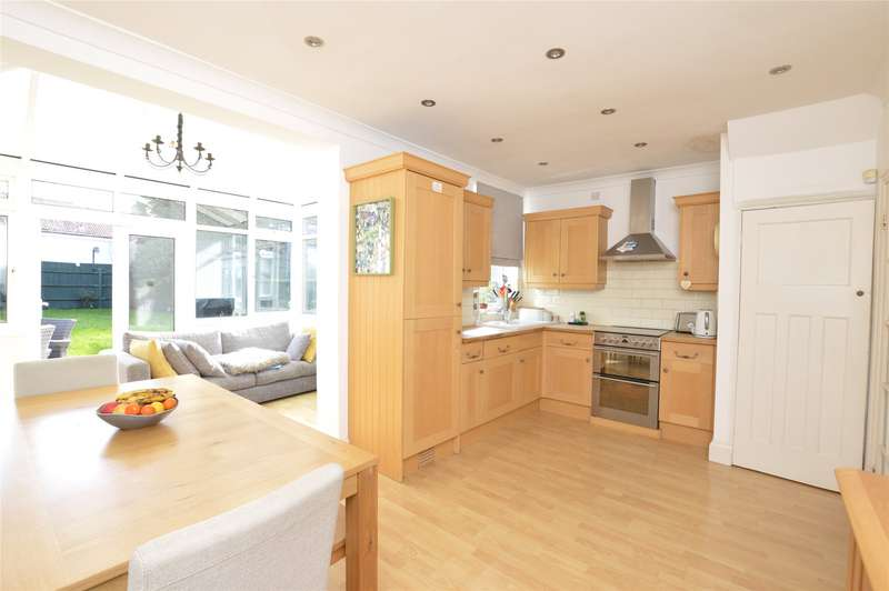 3 Bedrooms End Of Terrace House for sale in The Grove, KINGSBURY, NW9