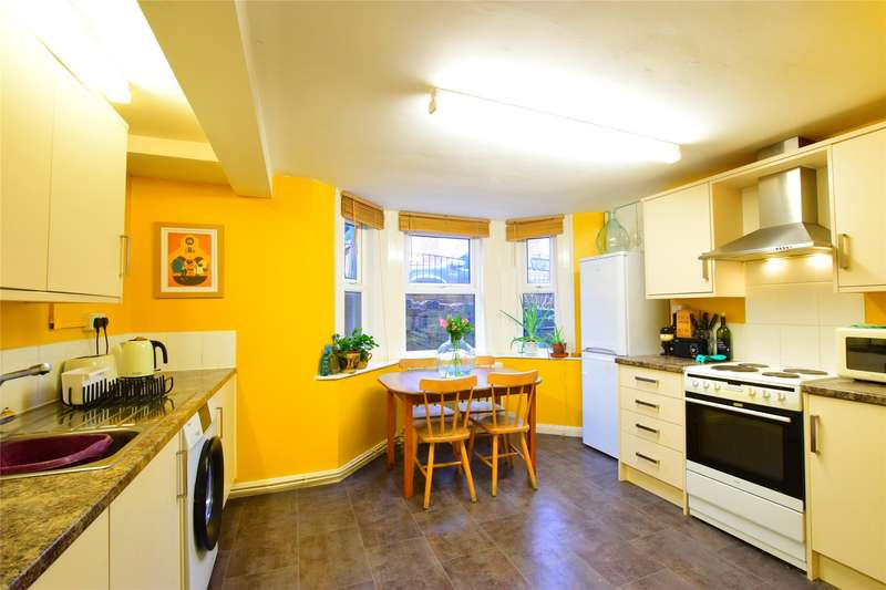 2 Bedrooms Maisonette Flat for sale in 32a Silverdale Road, TUNBRIDGE WELLS, Kent, TN4