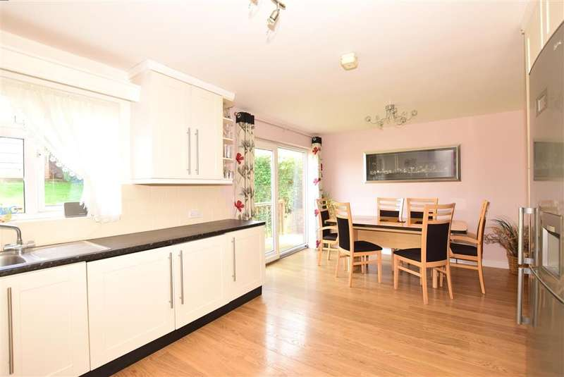 3 Bedrooms Detached Bungalow for sale in Pattens Gardens, , Rochester, Kent