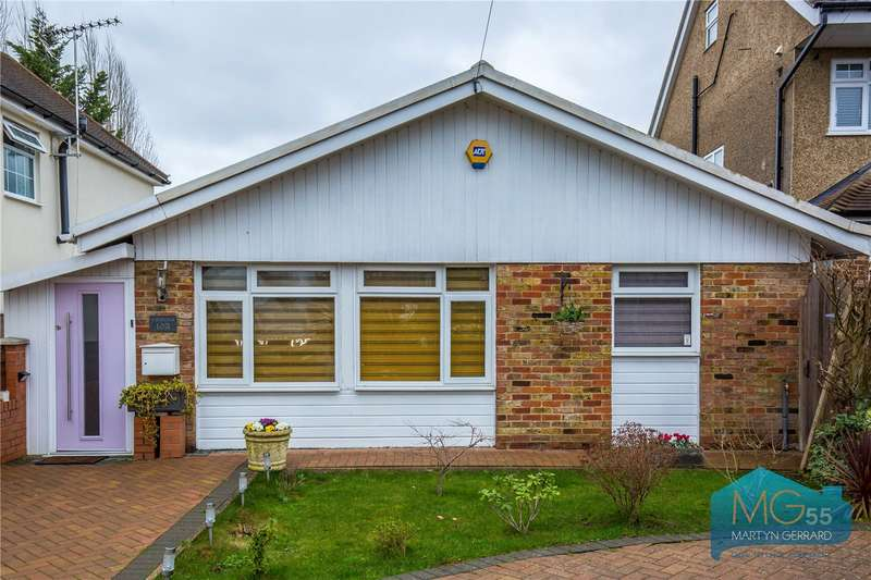 3 Bedrooms Detached Bungalow for sale in Cavendish Road, Arkley, Hertfordshire, EN5