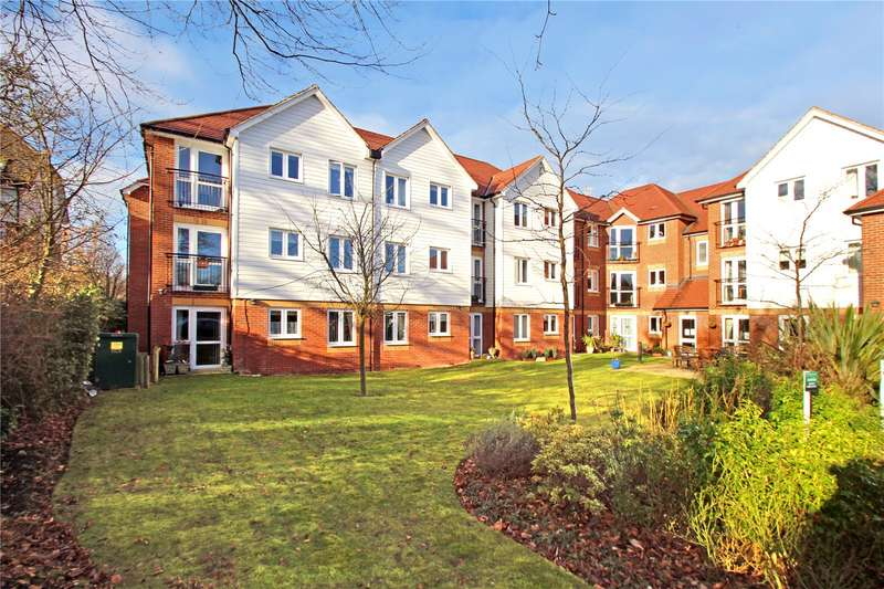 1 Bedroom Retirement Property for sale in Eadhelm Court, Penlee Close