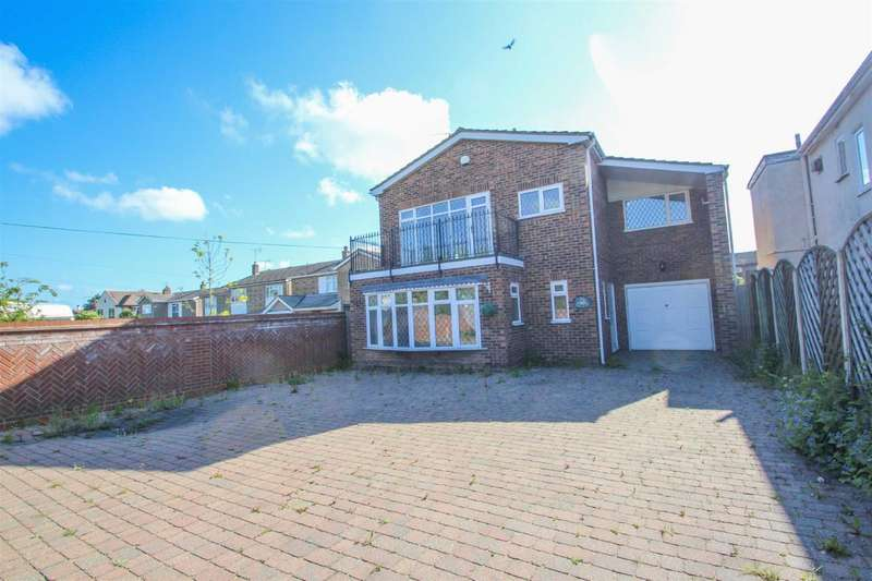5 Bedrooms Detached House for sale in London Road, Clacton-on-Sea