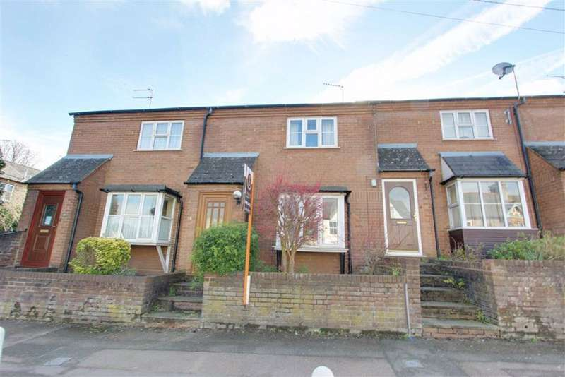 2 Bedrooms Terraced House for sale in Western Road, Tring, Hertfordshire