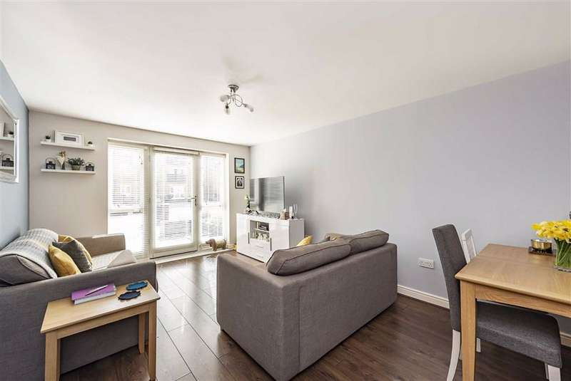 2 Bedrooms Apartment Flat for sale in Kings Langley, Hertfordshire