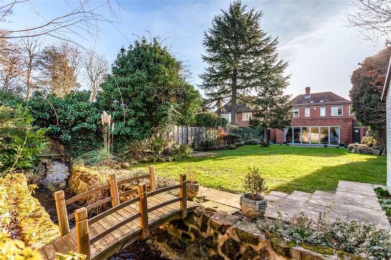 4 Bedrooms Detached House for sale in Bentley Way, Stanmore, HA7