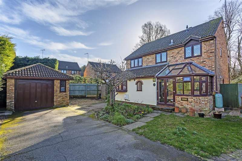 4 Bedrooms House for sale in Fairacres, Tadworth