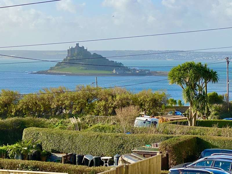 3 Bedrooms End Of Terrace House for sale in Henfor Terrace, Marazion