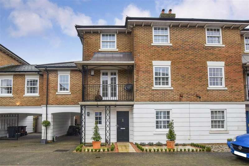 5 Bedrooms Town House for sale in Maypole Drive, , Kings Hill, West Malling, Kent