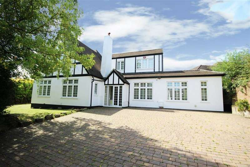 4 Bedrooms Detached House for sale in East View, Barnet, Hertfordshire