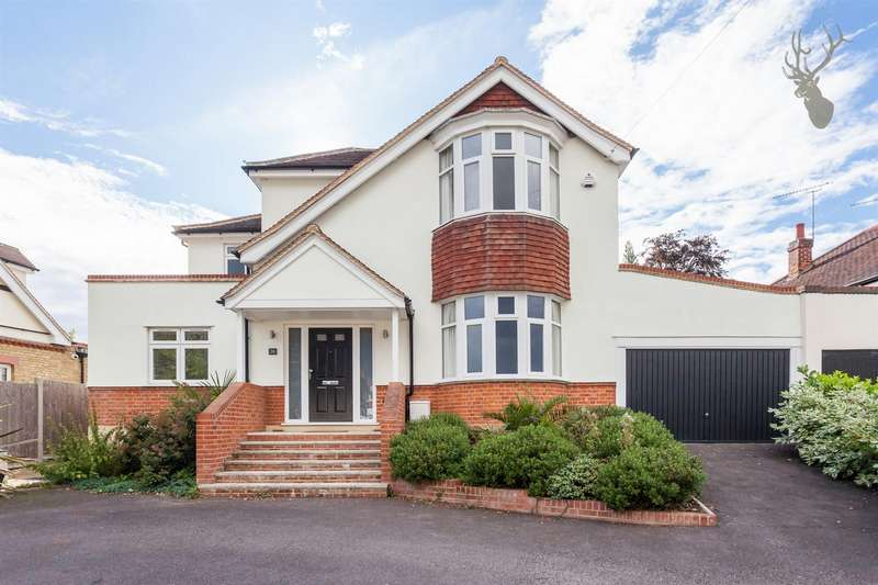 4 Bedrooms Detached House for rent in Theydon Park Road, Theydon Bois, Epping, Essex