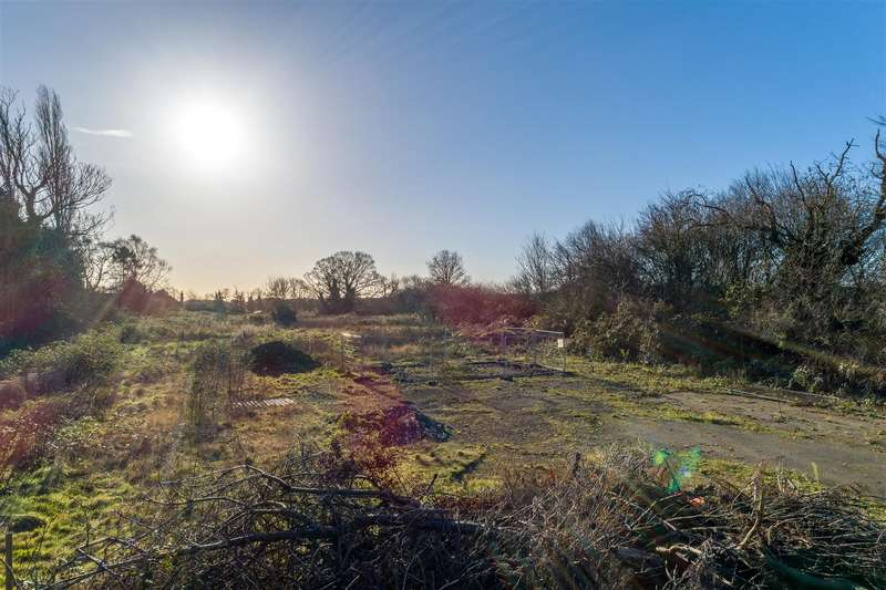Land Commercial for sale in Station Road, Willoughby, Alford