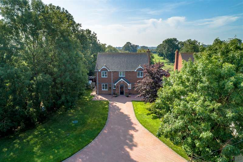 4 Bedrooms Detached House for sale in Sloothby, Alford