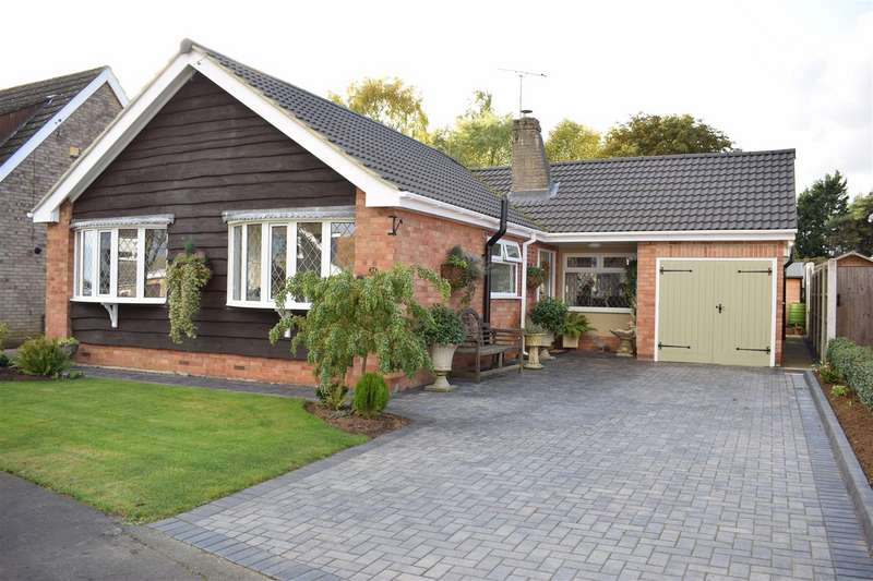 4 Bedrooms Bungalow for sale in St. James's Road, Scawby