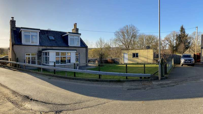 3 Bedrooms Detached House for sale in , Ruthven, Aberdeenshire, AB54 4SR