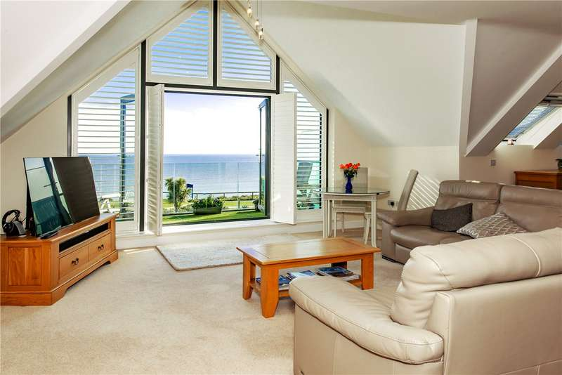3 Bedrooms Penthouse Flat for sale in Seascape, 27 Wharncliffe Road, Christchurch, Dorset, BH23