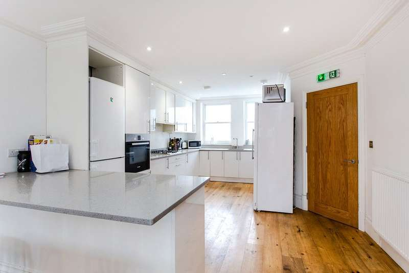 7 Bedrooms End Of Terrace House for sale in Campdale Road, London, N7