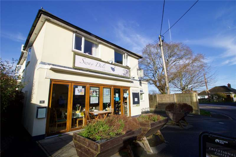 3 Bedrooms Detached House for sale in Middle Road, Sway, Lymington, Hampshire, SO41