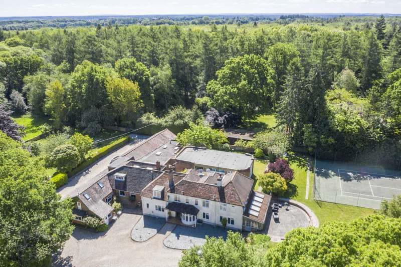 7 Bedrooms Detached House for sale in Bucklebury Common, Chapel Row