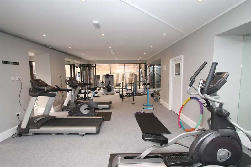 1 Bedroom Apartment Flat for sale in Miller Heights, 43-51 Lower Stone Street, Maidstone, Kent, ME15