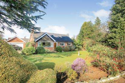 4 Bedrooms Bungalow for sale in Legh Road, Adlington, Cheshire, Uk