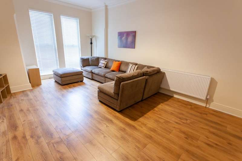 9 Bedrooms Terraced House for rent in Denman Drive, L6 7UE,
