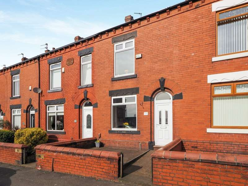 2 Bedrooms Terraced House for sale in Middleton Road, Oldham, Greater Manchester, OL9