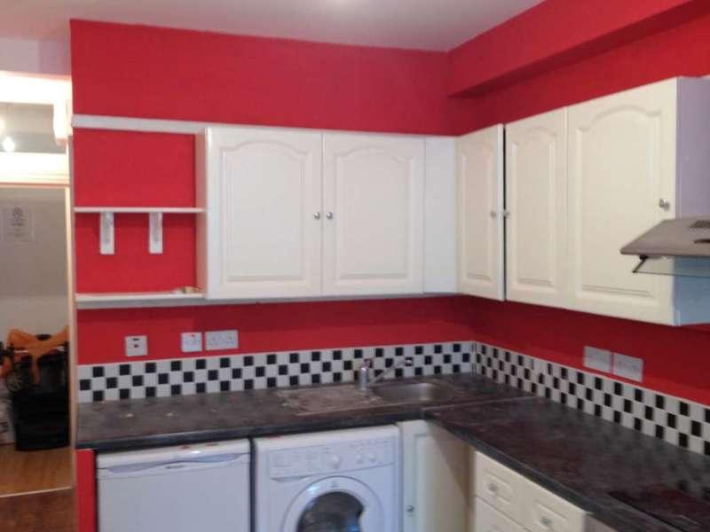 Flat for rent in Boleyn Road, Forest Gate