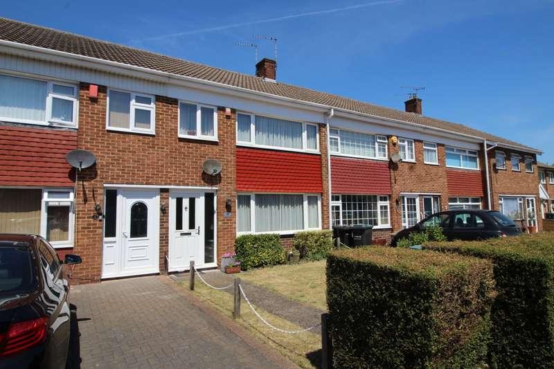 3 Bedrooms House for sale in Vauxhall Close, Northfleet, Gravesend, Kent, DA11