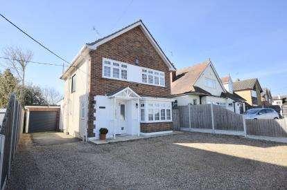 3 Bedrooms Detached House for sale in Basildon, Essex, United Kingdom