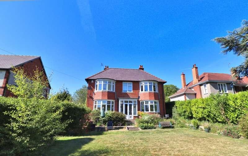 3 Bedrooms Detached House for sale in Easton Road, Bridlington