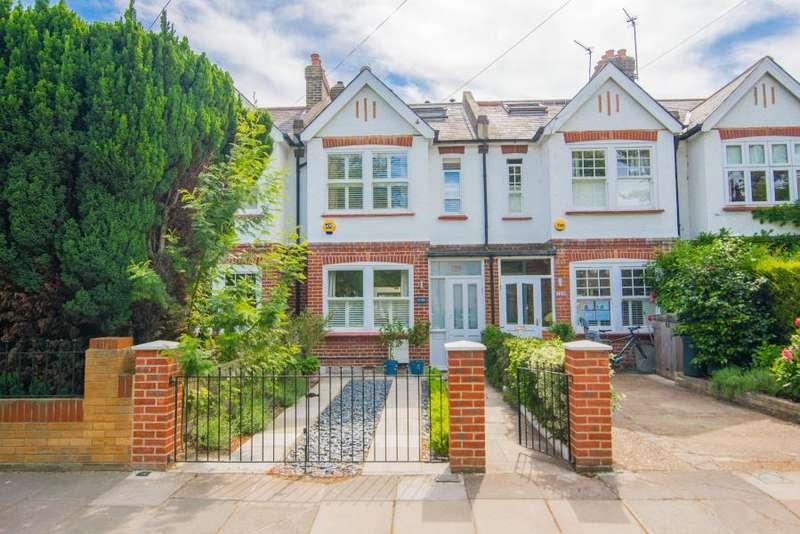 5 Bedrooms House for sale in Broom Road, Teddington TW11