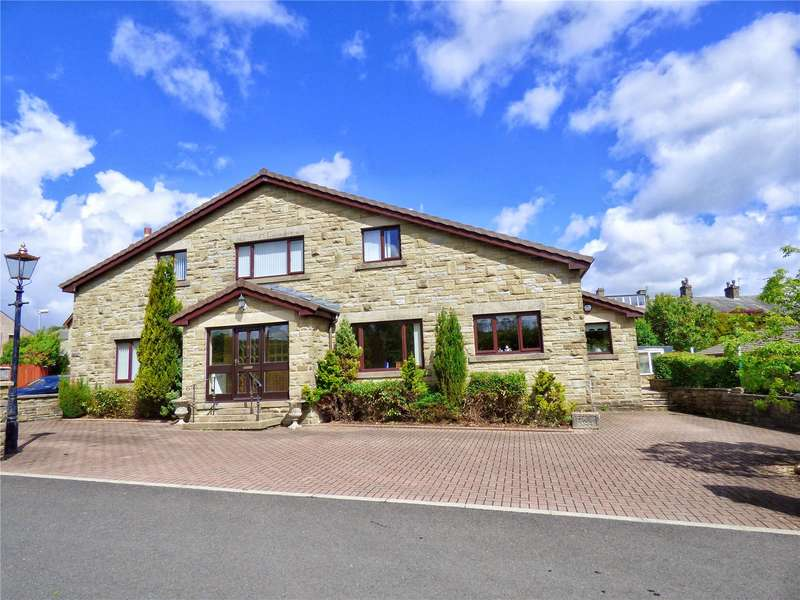 6 Bedrooms Detached House for sale in Higher Booths Lane, Crawshawbooth, Rossendale, BB4