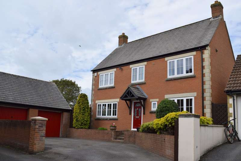 4 Bedrooms Detached House for sale in Lampreys Lane, South Petherton, Somerset, TA13