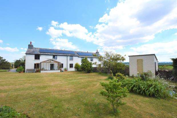 4 Bedrooms Detached House for sale in Bethany, Liskeard, Cornwall
