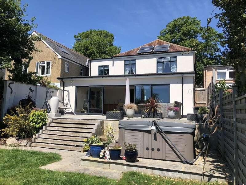 4 Bedrooms House for sale in Havant Road, Farlington, Portsmouth, PO6 1NF