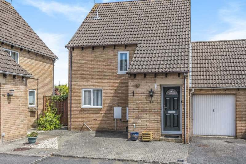 2 Bedrooms Detached House for sale in Roberts Close, Cirencester