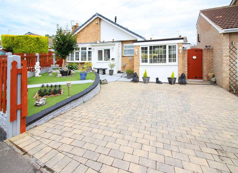 2 Bedrooms Bungalow for sale in Cheltenham Rise, Cusworth,