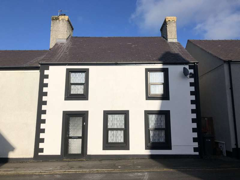 3 Bedrooms End Of Terrace House for sale in High Street, Llannerchymedd, Anglesey, LL71