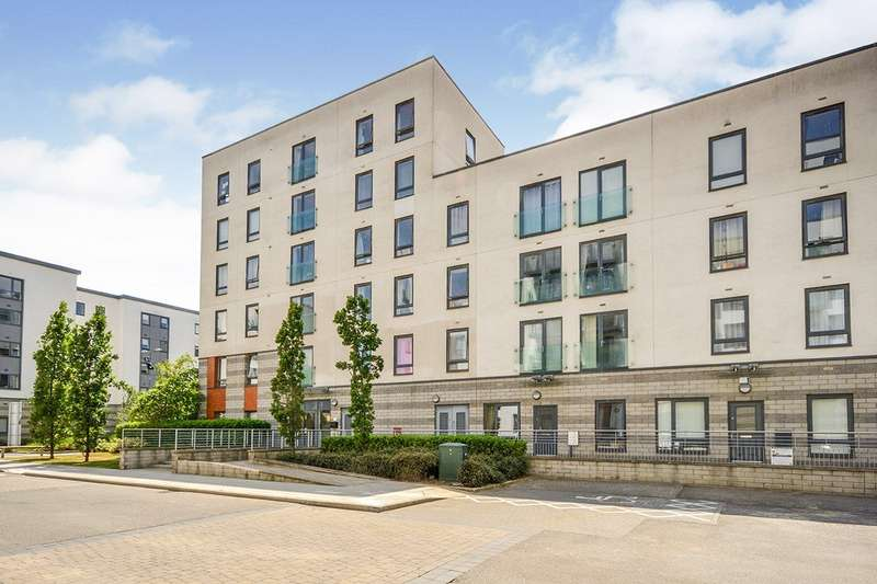 2 Bedrooms Apartment Flat for sale in South Shore, Ocean Drive, Gillingham, Kent, ME7