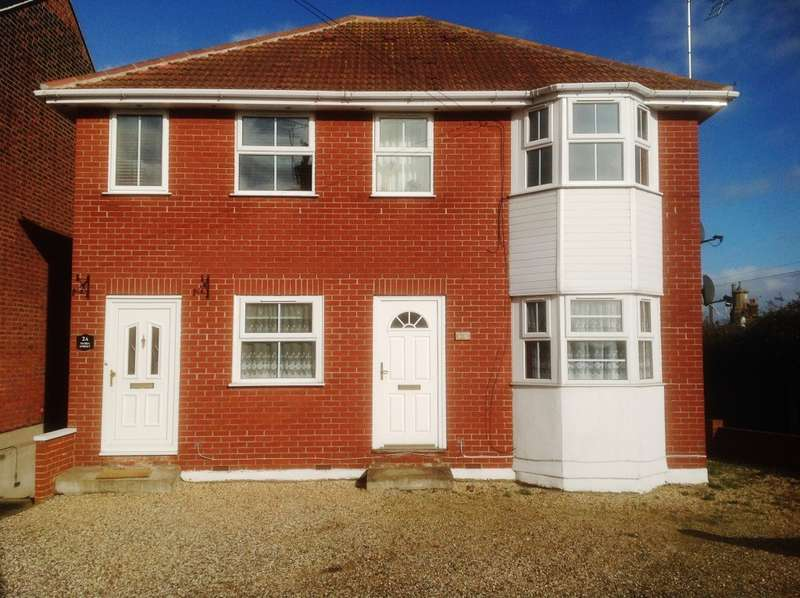 2 Bedrooms Flat for rent in 2 Maria Street, Harwich, Essex CO12 3HT