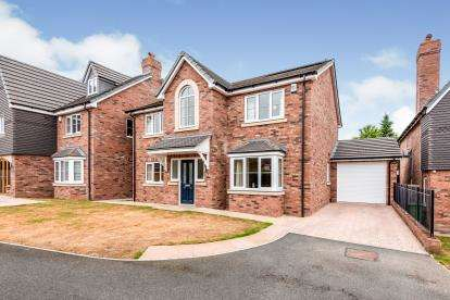 4 Bedrooms Detached House for sale in Kings Road, Calf Heath, Wolverhampton, .