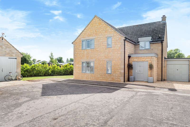 4 Bedrooms Detached House for sale in Malmesbury
