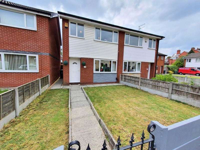 3 Bedrooms Semi Detached House for sale in Buck Street, Leigh, Greater Manchester, WN7