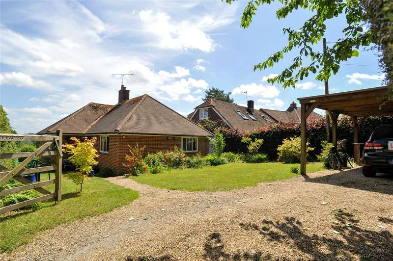 3 Bedrooms Detached Bungalow for sale in School Lane, Lodsworth, Petworth, West Sussex, GU28