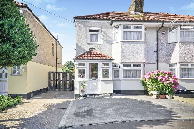 3 Bedrooms Semi Detached House for sale in Northdown Road, Welling, DA16