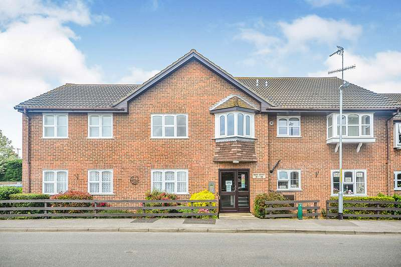1 Bedroom Apartment Flat for sale in Park Court, Abbey Fields, Faversham, Kent, ME13